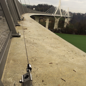 puente-de-la-poya-suiza-altiligne-vertic
